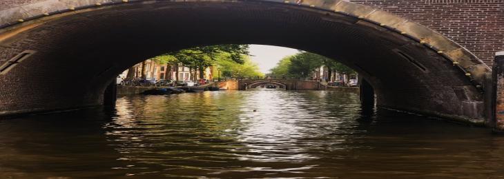 Dutch canal Gets World's First Stainless Steel Bridge